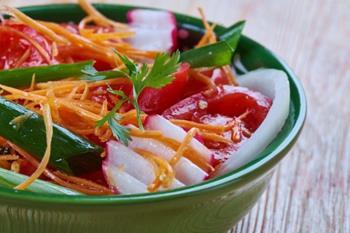 Achichuk Salatası