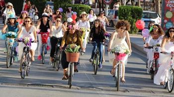 Alanya Süslü Kadınlar Bisiklet Turu
