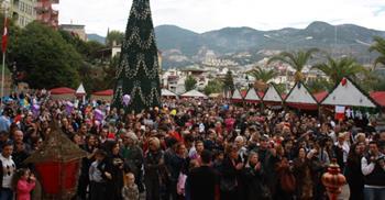 Alanya Uluslararası Noel Pazarı
