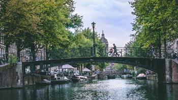 Amsterdam'a Nasıl Gidilir?