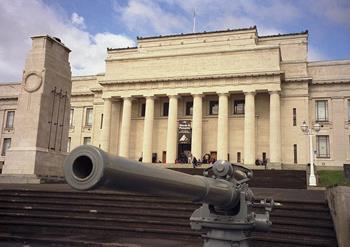 Auckland Savaş Müzesi