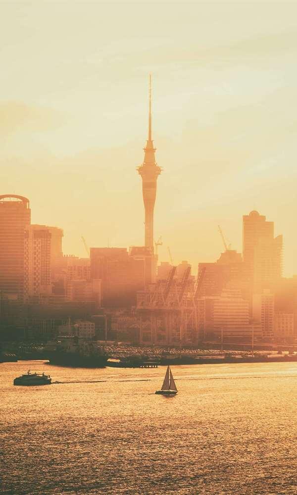 Auckland Uçak Bileti