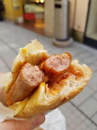 Balkan hot dogları
