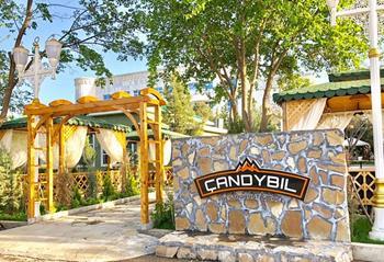 Chandybl Restaurant & Steakhouse