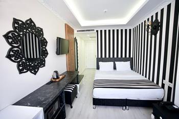 Cnrİnci Hotel