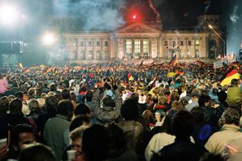 Doğu ve Batı Almanya'nın Birleştiği Gün