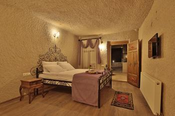 Emit Cave Hotel