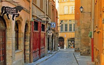 Eski Lyon