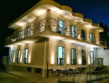 Gaudi Stylish Hotel