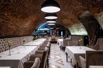 GLOBO Restaurant & Wine Bar