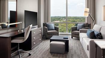 Homewood Suites By Hilton Teaneck Glenpointe