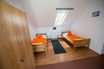 Integral Hostel