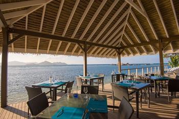 Le Nautique Waterfront Restaurant