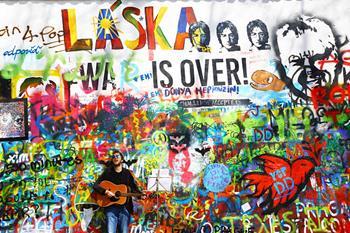 Lennon Duvarı