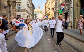 Lviv Geçit Töreni