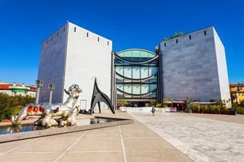 Modern ve Çağdaş Sanat Müzesi