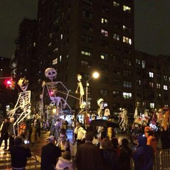 New York's Village Halloween Geçidi