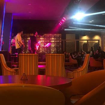 Nora Live Cafe Bistro