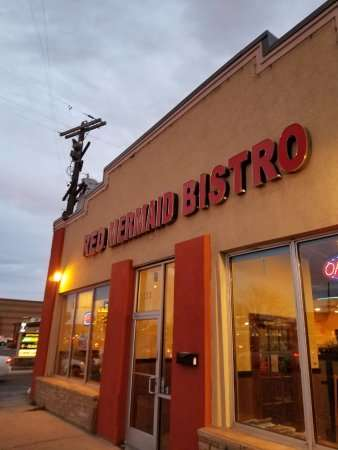 Red Mermaid Bistro