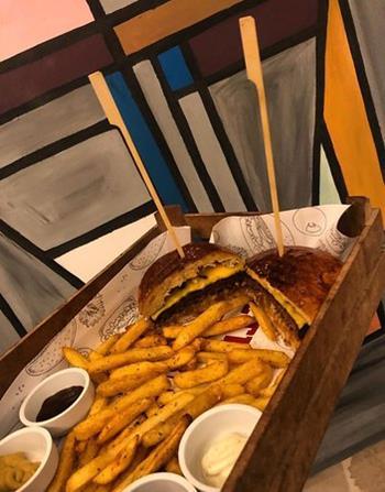 Retro Cafe & Steak Burger