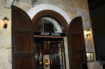 Step Down Bar