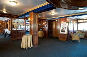 The Pilothouse Restaurant at the Delta King