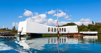 USS Arizona Anıtı
