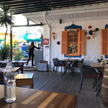 West Cafe & Bistro